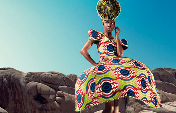 Nouvelle Histoire Vlisco draws inspiration from her own rich heritage in creating the new fabric collection 'Nouvelle Histoire'