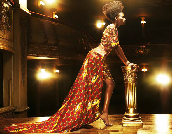 Vlisco - Gracefully flowing fabrics weave an enigmatic story